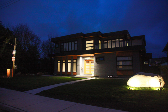 Landscape Lighting in North Vancouver