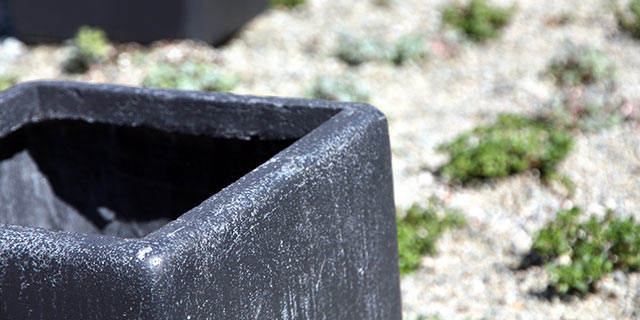 Black Anthracite Clayfibre planters