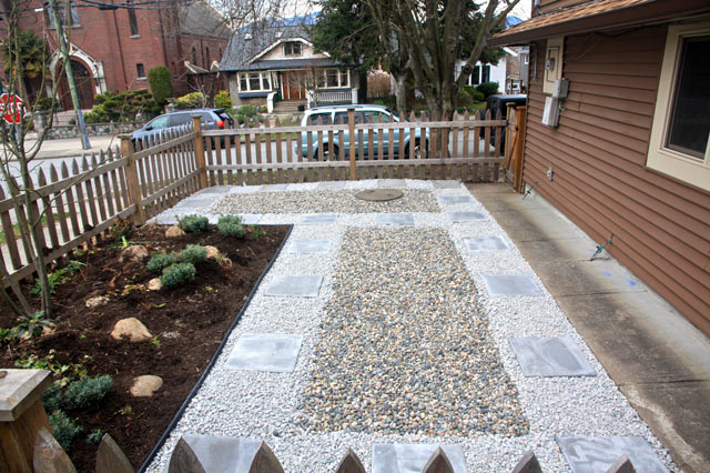 Hardscaping Paving Stone Pathway in Vancouver