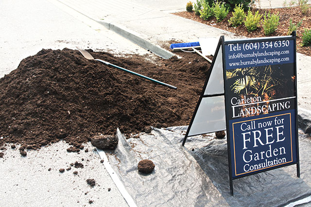 Topsoil and Mulch Installation